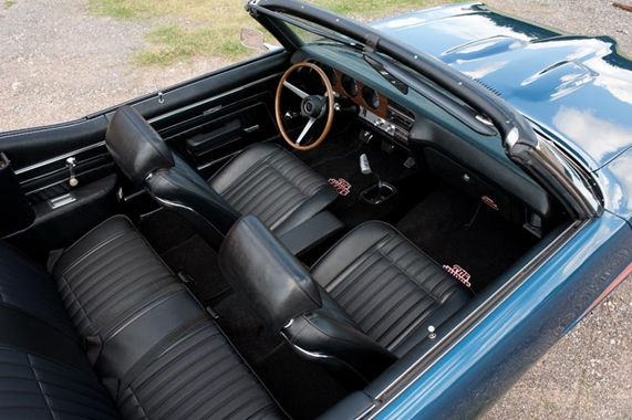 1970 Pontiac GTO Judge convertible interior